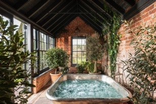 Luxury Homes with Hot Tubs - Collections