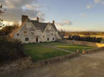Wildwood House self-catering near Burford, Oxfordshire