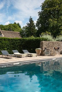 Honeystone manor luxury self-catering near Burford, Oxfordshire