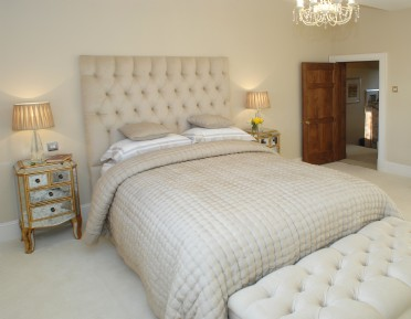 large self-catering manor in Cheshire