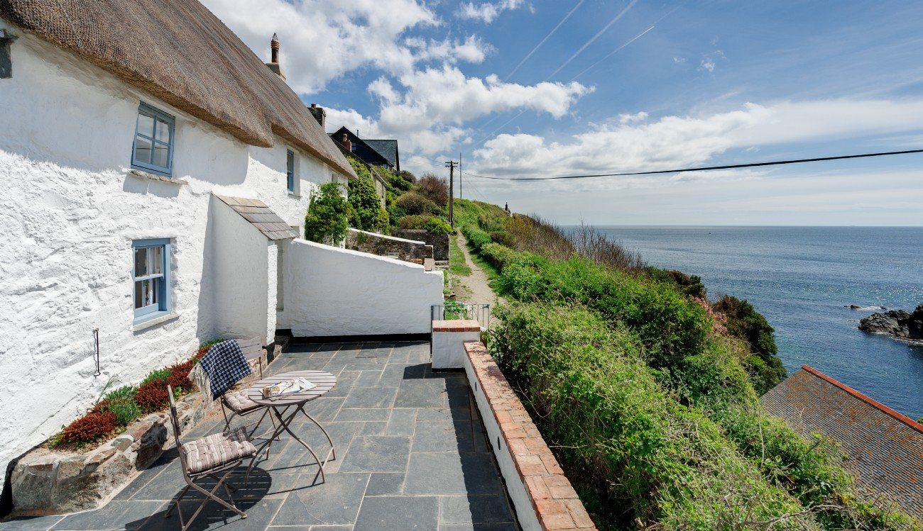 The Sea Rose Luxury Cottage Cadgwith Cove Cottage By The