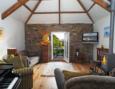 Luxury self-catering eco barn Padstow