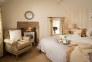 Luxury first floor bedroom in Winsmore Cottage