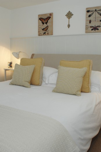 Romantic luxury holiday cottage in St Ives