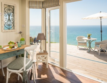 Luxury self-catering Daydreamer in Whitsand Bay