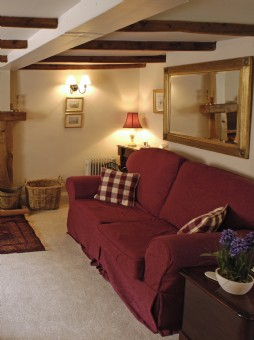 cornish self-catering holiday cottage St Mawgan Village